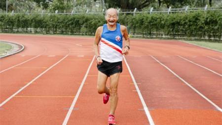 Seorang kakek 81 yang masih kuat mengikut berbagai perlombaan lari - INDOSPORT