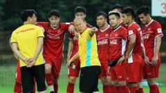 Indosport - Tertekan di kualifikasi Piala Dunia, media Vietnam sebut Park Hang-seo takuti kekuatan mengerikan Timnas Indonesia arahan Shin Tae-yong.