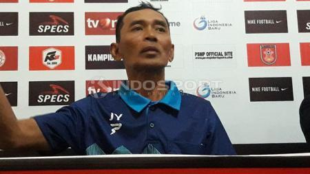 Jamal Yastro (Pelatih PSMP) - INDOSPORT