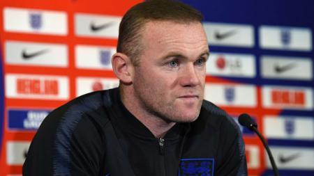 Wayne Rooney saat sesi konferensi pers bersama Timnas Inggris. - INDOSPORT