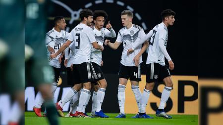 Selebrasi para pemain Jerman usai gol Leroy Sane. - INDOSPORT
