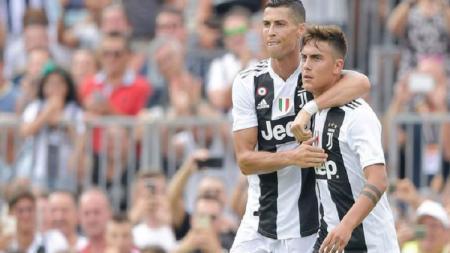 Dua striker Juventus, Cristiano Ronaldo dan Paulo Dybala. - INDOSPORT