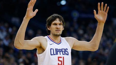 Boban Marjanović, pebasket raksasa asal Los Angeles Clippers. - INDOSPORT