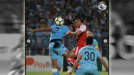Persela Lamongan vs Arema FC. - INDOSPORT