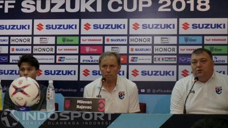 Pelatih Thailand, Milovan Rajevac mengaku sempat dikejutkan dengan permainan Timnas Indonesia yang membuat para pemainnya kewalahan di menit-menit awal pertandingan. - INDOSPORT