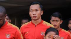 Indosport - Awan Setho Raharjo saat akan memasuki stadion