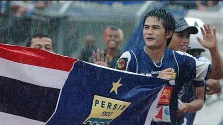Mantan pemain Persib Bandung di kompetisi ISL 2009-2010, Suchao Nutnum, bergabung dengan klub kasta ketiga Liga Thailand, Muangkan United. - INDOSPORT
