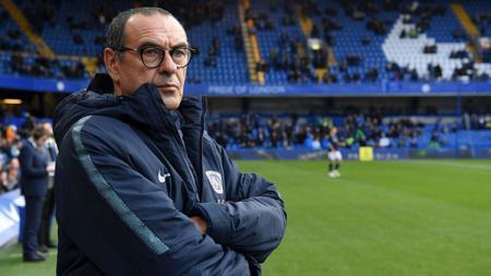 Maurizio Sarri, saat masih menjadi pelatih Chelsea dan kini hijrah ke Juventus. - INDOSPORT