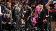Indosport - Josh Richardson berulah saat pertandingan melawan LA Lakers.
