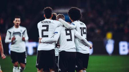 Perayaan para pemain Jerman usai menang dari Belanda pada ajang UEFA Nations League, Selasa (20/11/18). - INDOSPORT