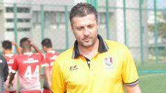 Indosport - Miljan Radovic pelatih Persib Bandung.