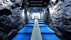 Indosport - Stadion Veltins-Arena milik Schalke yang memiliki terowongan seperti tambang batu bara