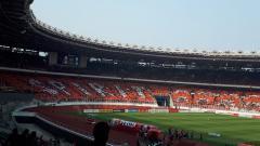 Indosport - Stadion GBK saat dipenuhi Jakmania.