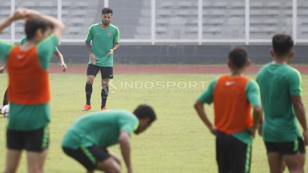 Stefano Lilipaly sedikit berlatih terpisah dengan rekan-rekannya di Timnas Indonesia.