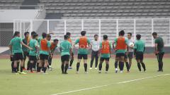 Indosport - Latihan Timnas Indonesia jelang jawan Filipina.