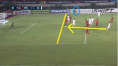 Indosport - Posisi Van Toan terlihat jelas masih onside.