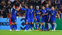 Indosport - Skuat Timnas Thailand bakal absen di Piala AFF 2020 dan menjadi kesempatan Timnas Indonesia untuk bisa meraih juara.