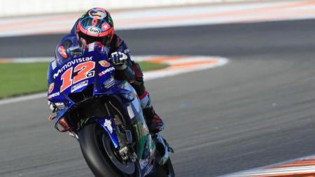 Pembalap Yamaha, Maverick Vinales Saat Mencoba Motor Barunya - INDOSPORT