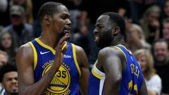 Indosport - Kevin Durant dan Draymond Green. 2 bintang Golden State Warriors.