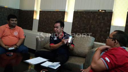 Ketua Umum Badan Sepakbola Rakyat Indonesia (Basri) Eddy Sofyan di Hotel Grand Inna Daira - INDOSPORT