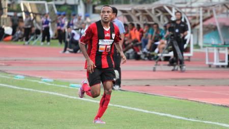 Roni Beroperay saat masih bermain di Persipura Jayapura - INDOSPORT