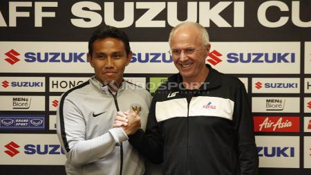 Pelatih Timnas Indonesia, Bima Sakti dan Sven-Goran Eriksson, pelatih Timnas Filipina. - INDOSPORT