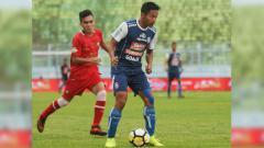 Indosport - Arema FC vs Barito Putera.