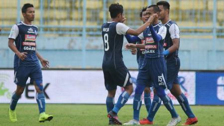 Arema FC vs Barito Putera. - INDOSPORT