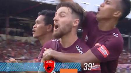 Marc Klok merayakan gol bersama rekan satu timnya - INDOSPORT
