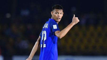 Pemain Buriram United, Supachai Jaided saat berseragam Timnas Thailand. - INDOSPORT