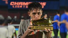 Indosport - Bintang Persib Bandung U-19 Beckham Putra Nugraha yang menyabet gelar top skor Liga 1 U-19 2018.