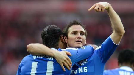 Duet kombinasi Didier Drogba dan Frank Lampard jadi yang terbaik di Liga Inggris pada masanya. - INDOSPORT