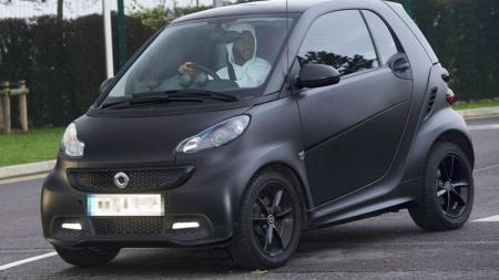 Mobil pintar milik Sterling - INDOSPORT