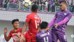 Indosport - Laga semifinal leg kedua Liga 2 2018, Semen Padang vs Persita Tangerang.