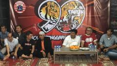 Indosport - Syukuran Ultah ke-90 Persija.