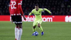 Indosport - Aksi Philipe Coutinho saat PSV Eindhoven vs Barcelona di Liga Champions, Kamis (29/11/18).