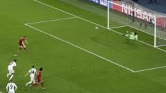 Indosport - Ilustrasi tendangan penalti.