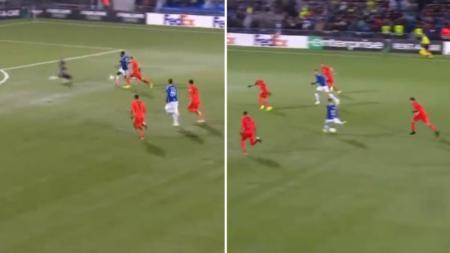 Loris Karius melakukan blunder di Liga Europa. - INDOSPORT