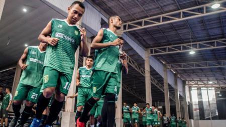Skuat Persebaya latihan terakhir di Lapangan Bhaskara, Surabaya, Kamis (29/11/18). - INDOSPORT