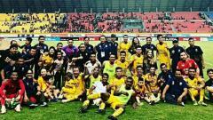 Indosport - Skuat Sriwijaya FC rayakan kemenangan vs Mitra Kukar