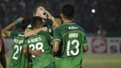 Indosport - Aksi selebrasi pemain PSMS Medan