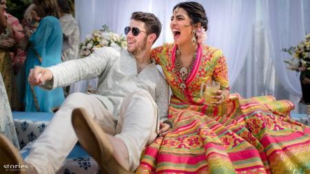Priyanka Chopra dan Nick Jonas melangsungkan pernikahan di India, Sabtu (01/12/18). - INDOSPORT