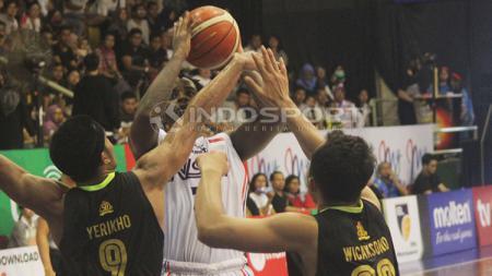NSH VS Pasific Surabaya. - INDOSPORT