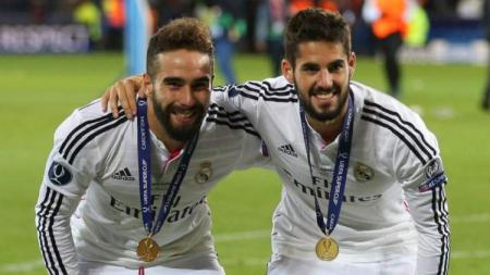 Carvajal bantah adanya perselihan di ruang ganti antara Isco dengan pemain Real Madrid lainnya - INDOSPORT