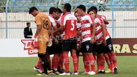 Skuat Madura United jelang dimulainya pertandingan Liga 1 2018. - INDOSPORT