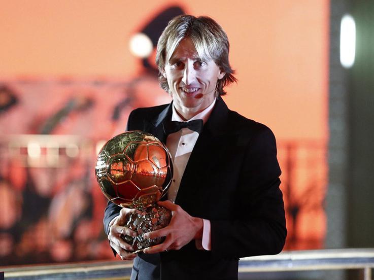 Modric memenangkan Ballon d