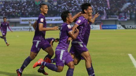 Selebrasi Para Pemain Persita Tangerang - INDOSPORT