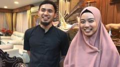 Indosport - Lindswell Kwok dan Achmad Hulaefi