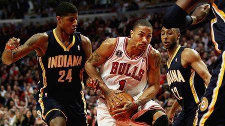 Derrick Rose (Chicago Bulls) dikawal ketat pemain Indiana - INDOSPORT