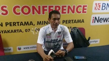 Pelatih Jakarta Pertamina Energi, Muhammad Anshori, bersyukur target kemenangan di laga pertama tercapai. Kemenangan itu jadi modal penting di laga selanjutnya termasuk menuju ke final four - INDOSPORT